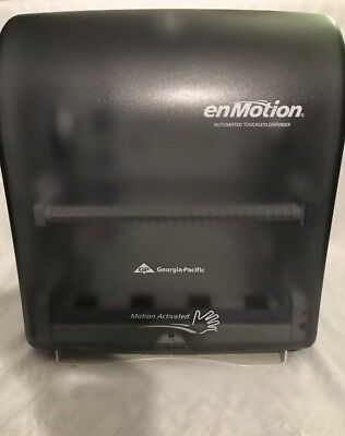 Georgia Pacific enmotion Automatic Touchless paper towel dispenser USED