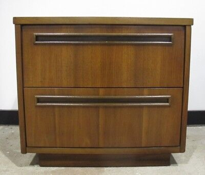MID CENTURY MODERN WALNUT NIGHTSTAND bedside table end table