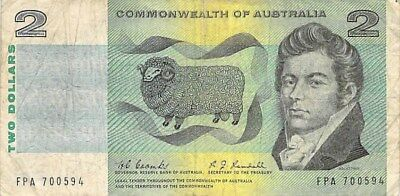 AUSTRALIA $2 NOTES 1967 LOT OF TWO (2) P-38b