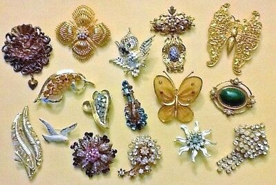 Lot of 16 Costume Pins - Old to Vintage pins - A Nice Group of jewelry!