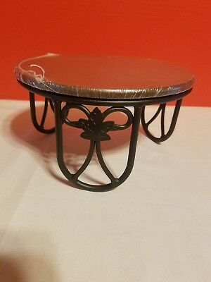 Longaberger Wrought Iron Plate Holder Table w Shelf
