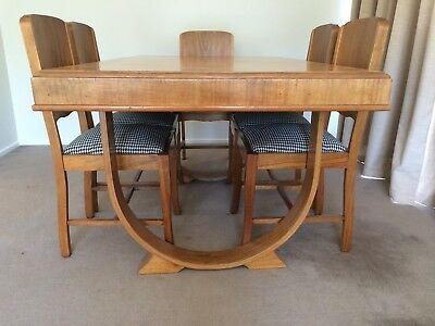Stunning Art Deco Dining Suite - Table and 6 Chairs