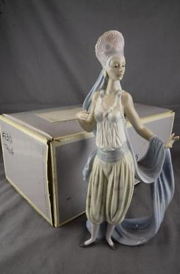 RARE LLADRO FIGURINE THENA 6302 with BOX - MINT