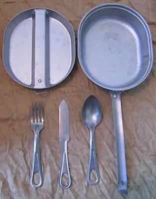Genuine Us Army Issue M1942 Wyott Mess Tin Kit With Lid, Knife Fork And Spoon.