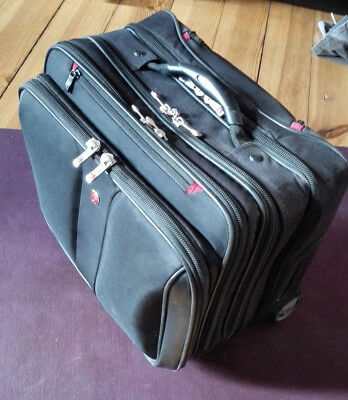 """Robuster Pilotenkoffer Business Trolley Laptop bis 15.5"""" Trolley"""