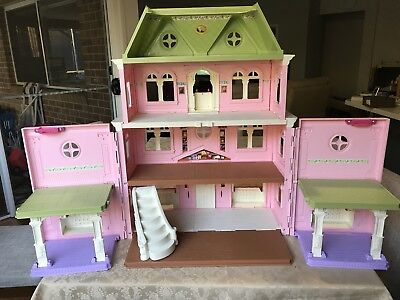 Fisher Price Grand Dollhouse