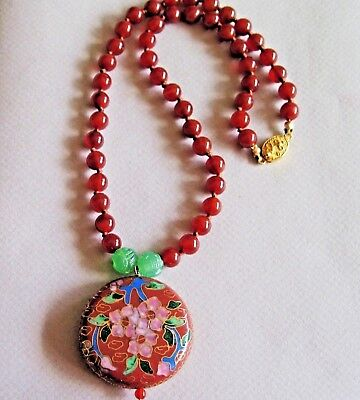 """Vintage Chinese Carnelian Carved Green Agate Enamel Beads Pendant Necklace 18"""""""