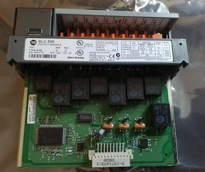 Allen Bradley SLC 500 PLC isolated relay output module