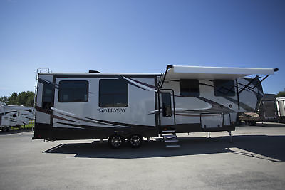 2017 Gateway 3712Rdmb 5Th Wheel Bunkhouse With Den And Bonus Room