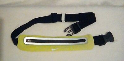 Nike expandable Belt Pouch for running.. Lean design...BNWOT