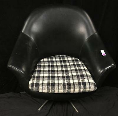 Mid-century style barrel backed black parlor chair Lot 174