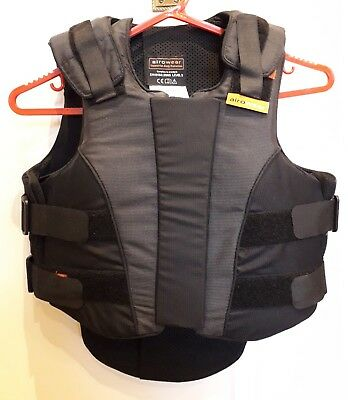Airowear Ladies Outlyne T1 Short.Worn once,immaculate, black/grey Body protector
