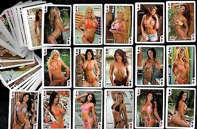 Hooters Diner USA Calendar Girls 2008 Boxed Playing Cards Set Poker Pin-Up Sexy