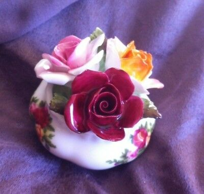 Pot Of Flowers Old Country Roses Royal Albert Posy Posie