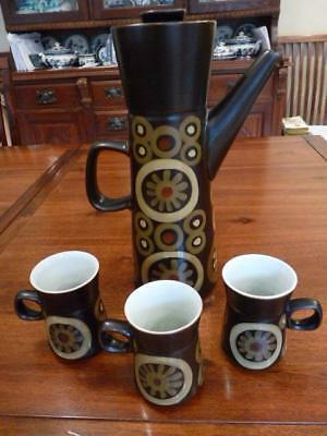 DENBY ARABESQUE LARGE   COFFEE POT RETRO 1970s 31cm TALL  WITH 3 SMALL MUGS