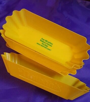 NATHANS 4 Plastic Hot Dog Holders   NOSTALIA. 8 Inches Long - Reusable - Fluted
