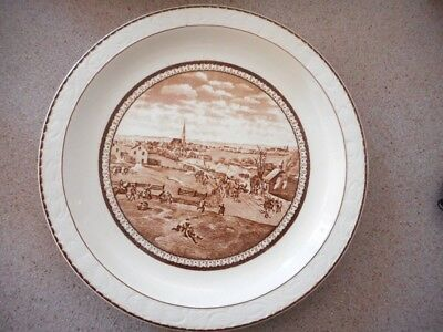 Royal Tudor Ware THE RETREAT OF THE BRITISH FROM CONCORD Wall/Cabinet Plate!