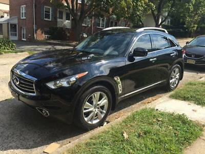 2013 Infiniti FX  2013 INFINITI FX37 - FULLY LOADED- BLACK ON BLACK -MINT CONDITION - LOW MILES