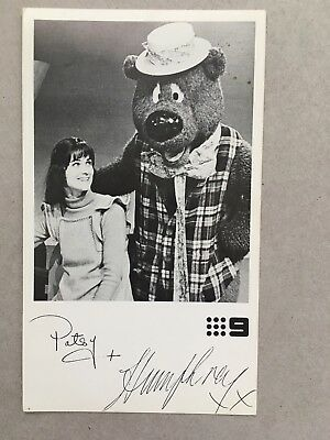 AUSTRALIAN TV FAN CARD PATSY AND HUMPHREY CH 98x13cm