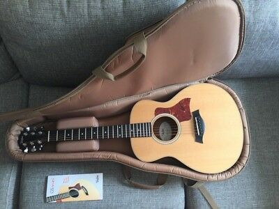 Taylor GS Mini Acoustic Guitar (Excellent Condition)