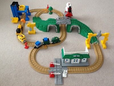 Fisher Price GeoTrax Tracktown Rail & Road Set with Remote