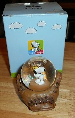 Westland Peanuts Collection Snoopy Baseball Glove Water Snow Globe #8144