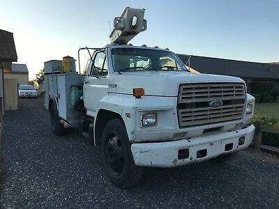 1987 Ford Other Utility Truck Ford F600