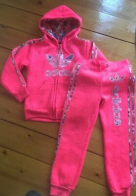 Adidas Originals Girls pink with floral stripe full tracksuit age 9-10 140