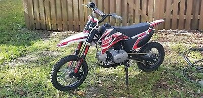2016 Other Makes SSR 110TR  2016 SSR 110TR DIRT BIKE less than 5hrs on it