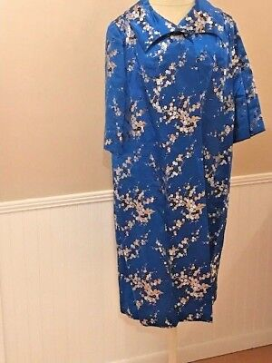 Vintage Floral Kimono ~ Japan ~ Hand-Sewn ~ 1970's ~ Custom Made ~ Blue w/ Gold