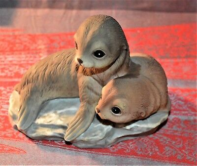 SEAL Pups Masterpiece Porcelain Otter Seals Figurine by Homco 1981