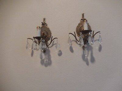 Vintage pair of Brass Wall Sconces Ornate Lamp w/14 Crystal Prisms Electric