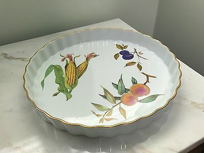 NEW Royal Worcester Evesham Large Quiche Fluted Pie Dish