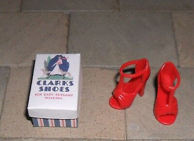 Hand-Made 1/12Th Scale Dolls' House Shoe Box And Shoes