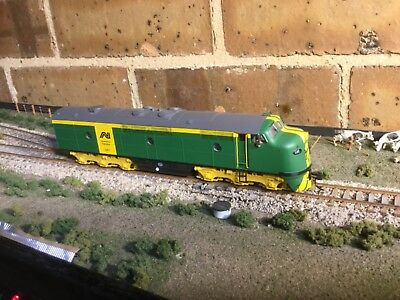Australian National GM diesel locomotive #GM1 with DCC/sound in HO scale