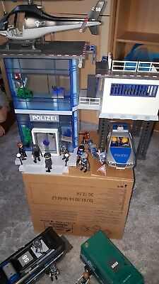 playmobil polizei sek sondereinsatzkomando station eur. Black Bedroom Furniture Sets. Home Design Ideas