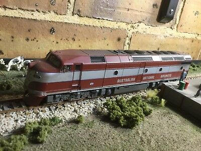 ANR CL class diesel locomotive CL13 with DCC/sound in HO weathered Austrains