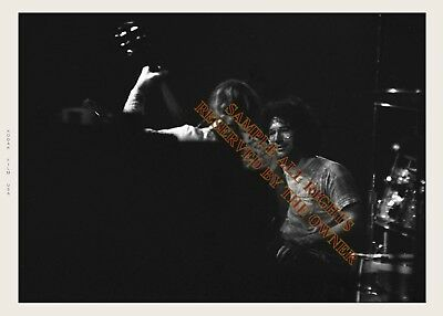 GRATEFUL DEAD behind the amps photo Jerry Garcia & Bob Weir 1970`s 5x7 Hi Qual