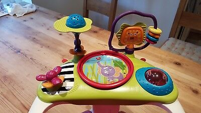 Mamas & Papas Baby Snug Baby Seat Play Table