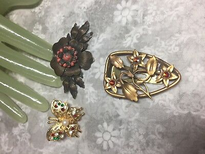 Lot of 3 THREE Vintage Multi Metal Scarf / FUR Style Clips                A