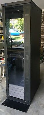 IBM Server Rack Type 9306 42U