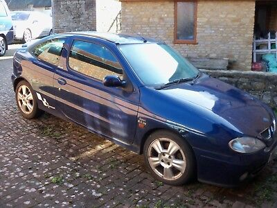 2001 Renault Megane Coupe - Cheep £1 Start And A Free Case Of Beer