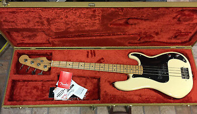 2015-16 Fender Precision Bass Guitar-Honey Blonde MIM w/Hardcase