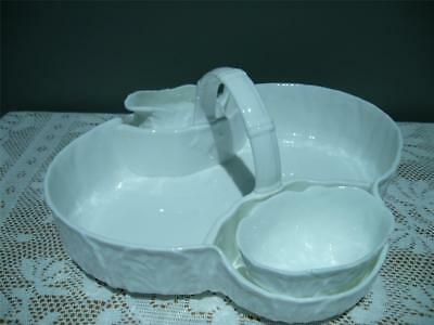 Wedgwood England Countryware Large Strawberry Basket With Sugar & Creamer - Vgc