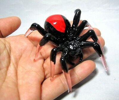 Spiders Poison Hand Blown Glass Lampwork Painted Miniature Figurine Collectible