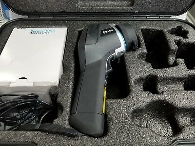 FLIR E40 E64501 Compact Thermal Imaging Camera with IR LENS 18 mm