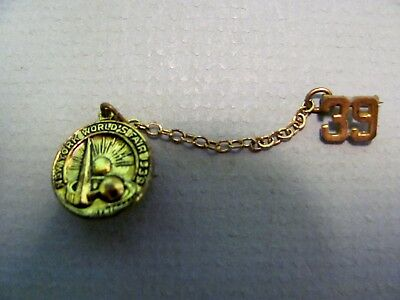 Vintage Antique 1939 New York Worlds Fair Brooch Pin Gold Tone