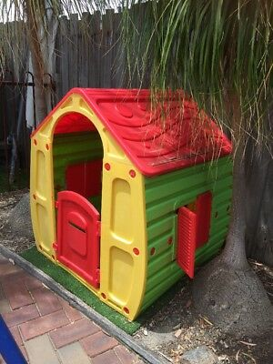 Kids Outdoor Cubby House