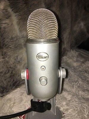 Blue yeti usb Microphone -Silver with Stand and With Spatter Guard