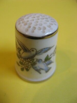 Vintage Royal Worcester England Doves Thimble Vgc Collectable